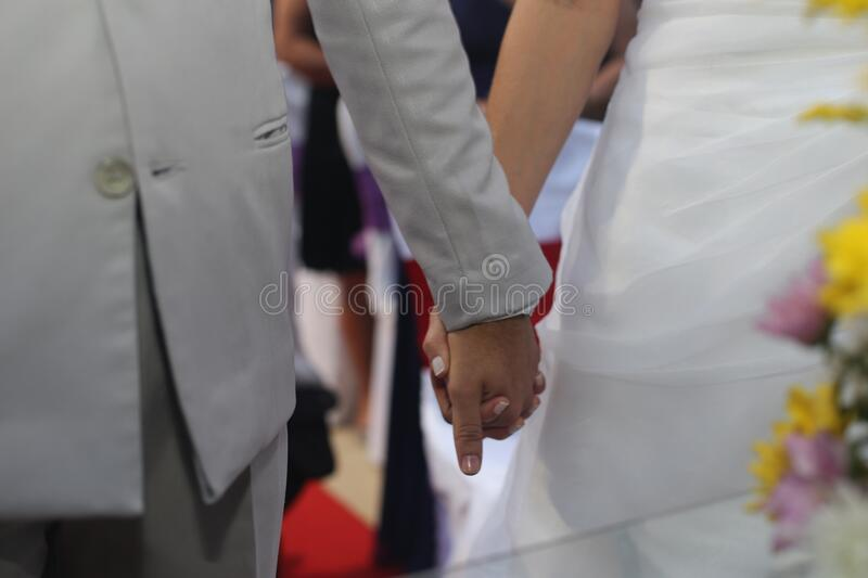 Bride And Groom Holding Hands Free Public Domain Cc0 Image