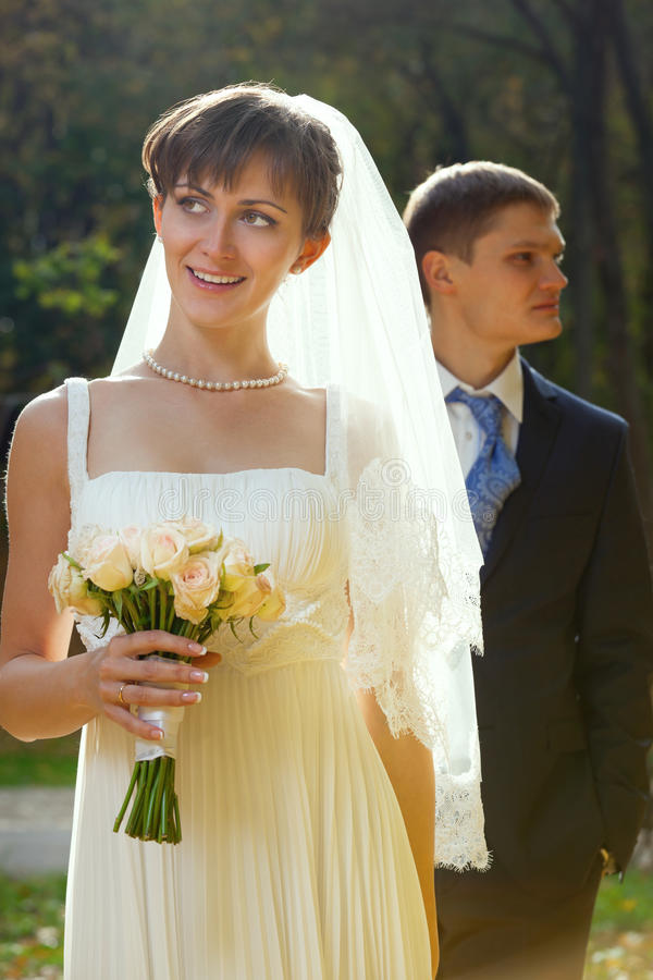 Download Bride And Groom In The Park Stock Image - Image: 22514285