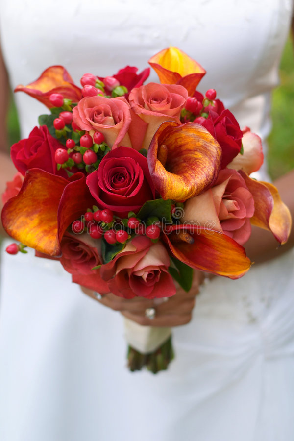 Bride holding bouquet royalty free stock image