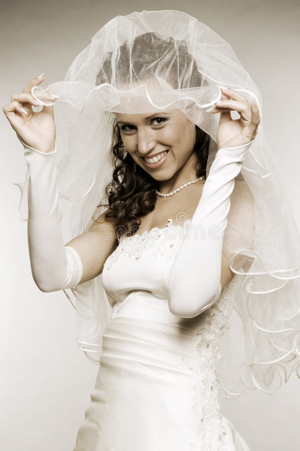Bride Raise Her Bridal Veil Royalty Free Stock Image