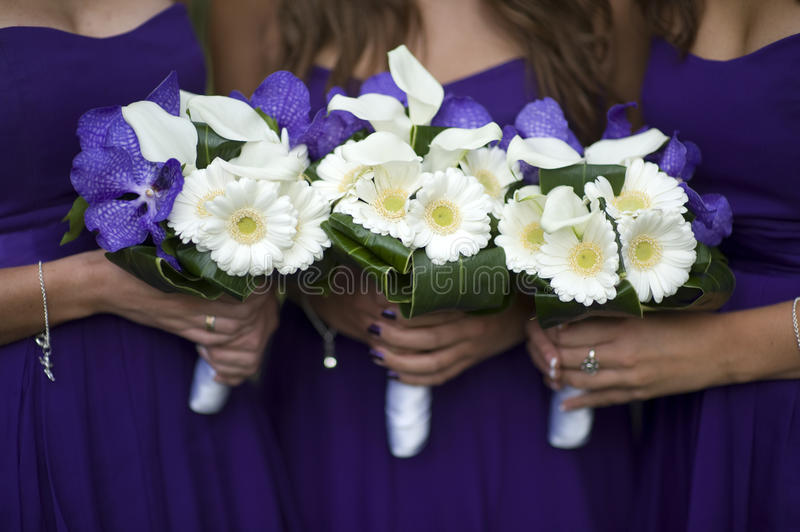 Bridesmaids With Flower Bouquets Stock Image - Image of bridesmaids ...