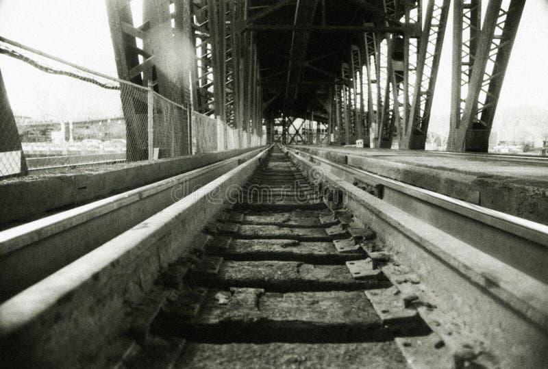 bridg torów pociąg szynowych fotografia royalty free
