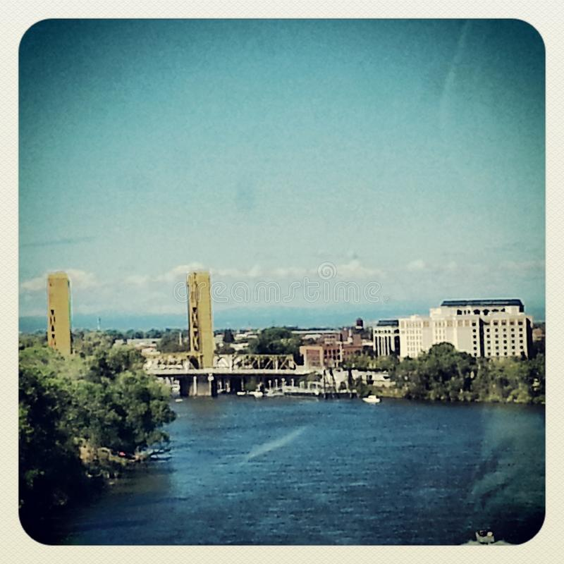 bridge1 πύργος στοκ φωτογραφία με δικαίωμα ελεύθερης χρήσης