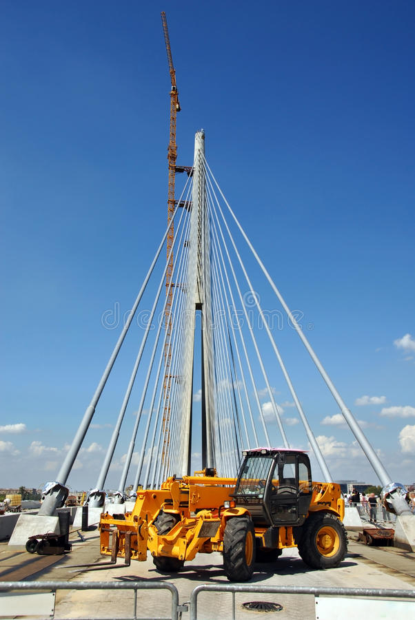 Download Bridge Building Royalty Free Stock Photography - Image: 21286477