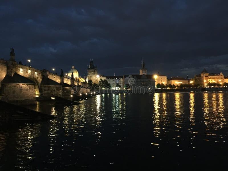 bridge charles night στοκ φωτογραφία
