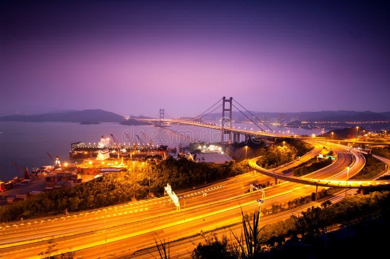 bridge den Hong Kong modern som tsing royaltyfri foto