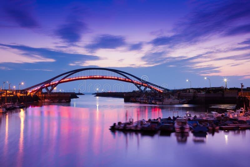 bridge för skyst för docken den dröm- solnedgången taiwan arkivfoton