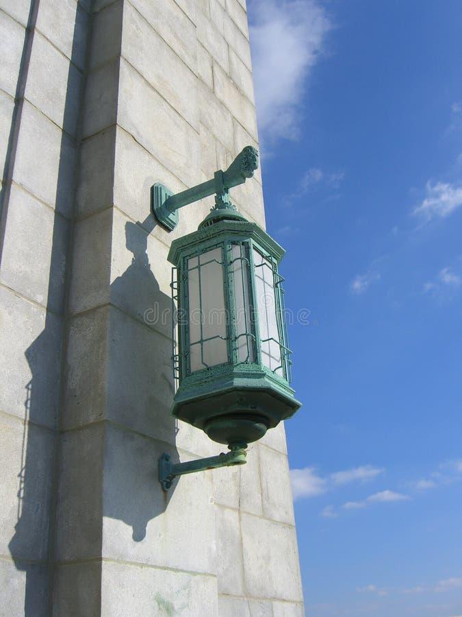 bridge lampa royaltyfri bild