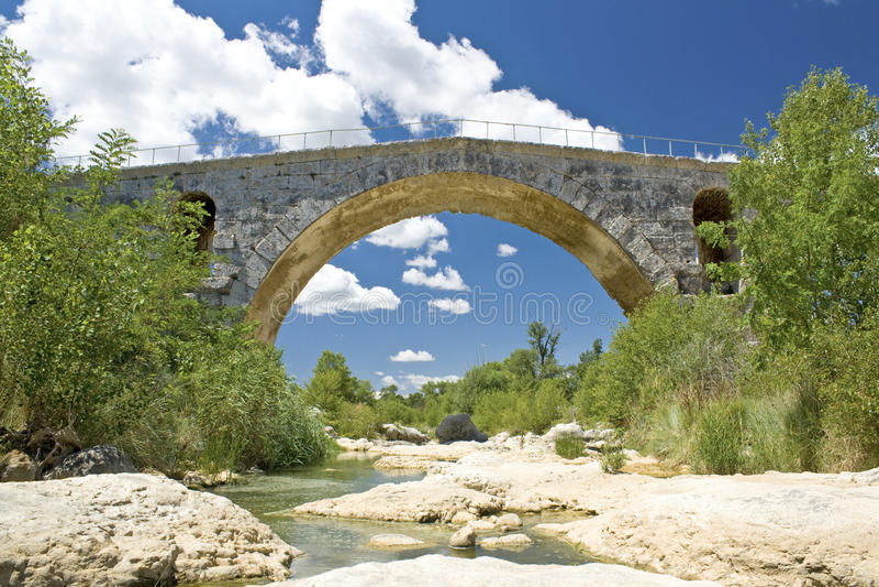 Download Bridge, Pont Julien. Royalty Free Stock Photography - Image: 21224137