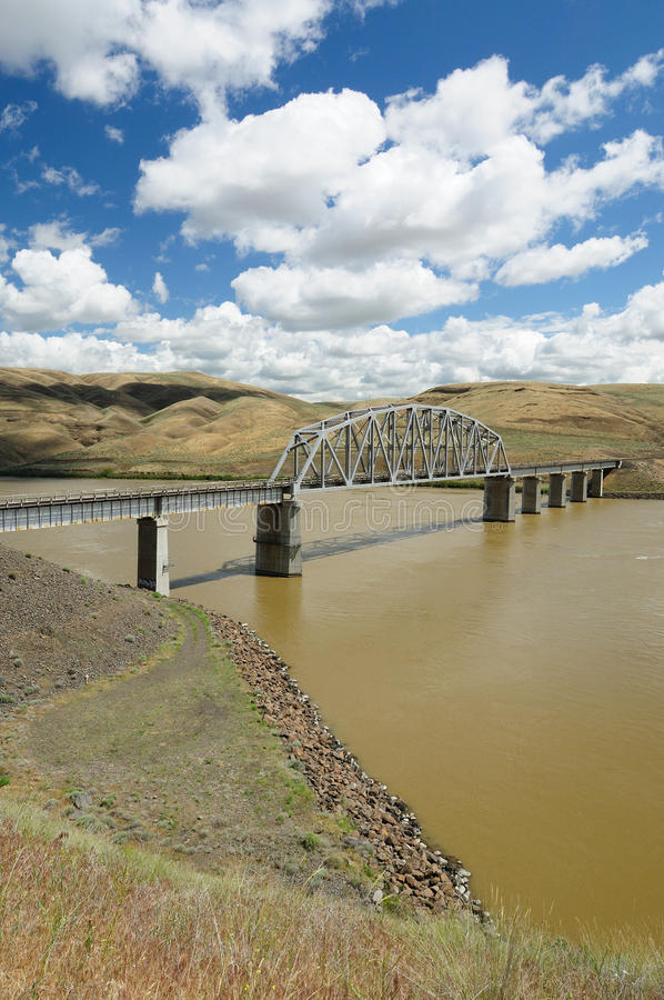 Download Bridge And River Royalty Free Stock Photography - Image: 17537437