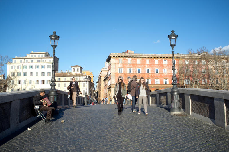 Download The bridge Sisto in Rome editorial photography. Image of tourists - 29086337