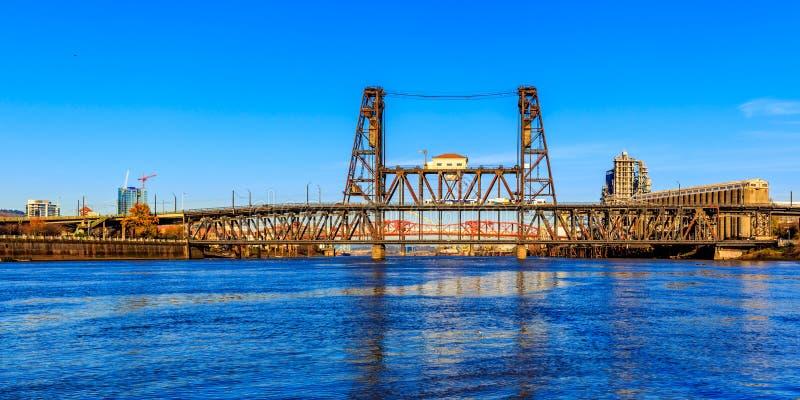 bridge steal arkivbilder