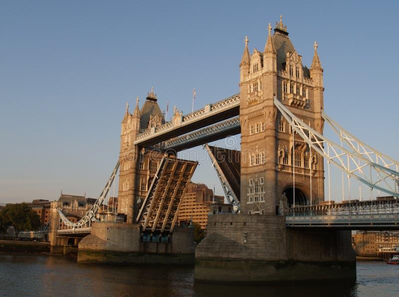 bridge tower 库存照片