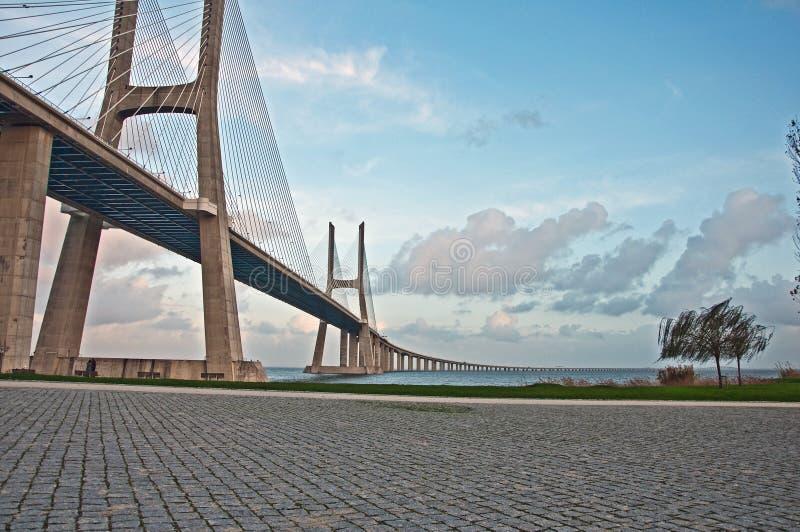 Bridge Waszka de Gama imagenes de archivo