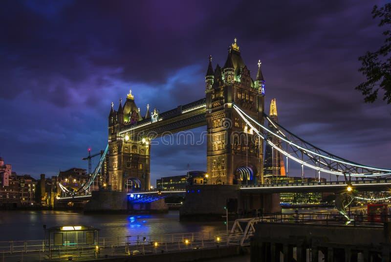 bridge1 wieży obrazy royalty free