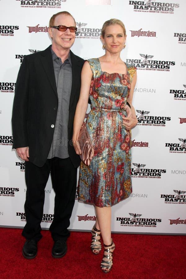 Bridget Fonda, Danny Elfman foto de archivo libre de regalías
