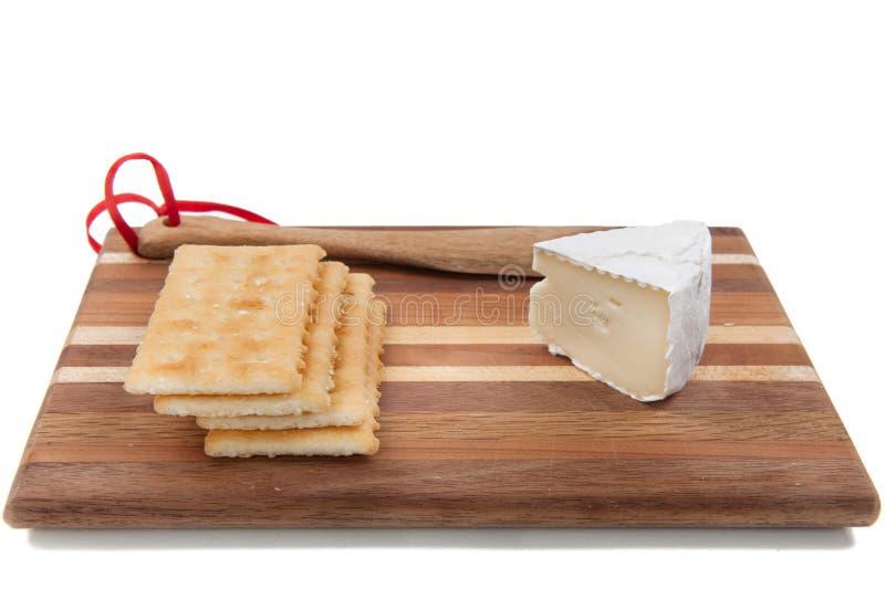 Brie en crackers. stock fotografie