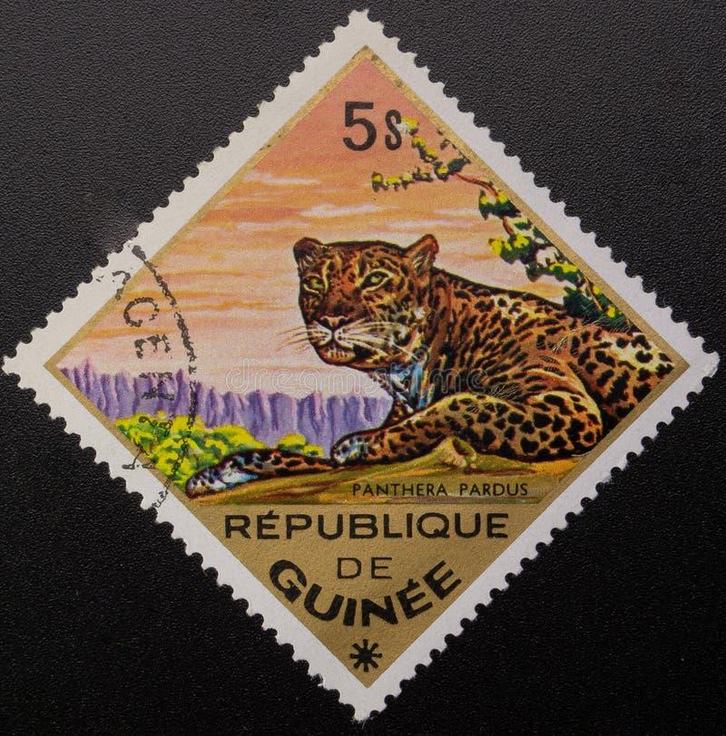 Briefmarke 1975 Republik Guinea Wilde Tiere lizenzfreies stockbild