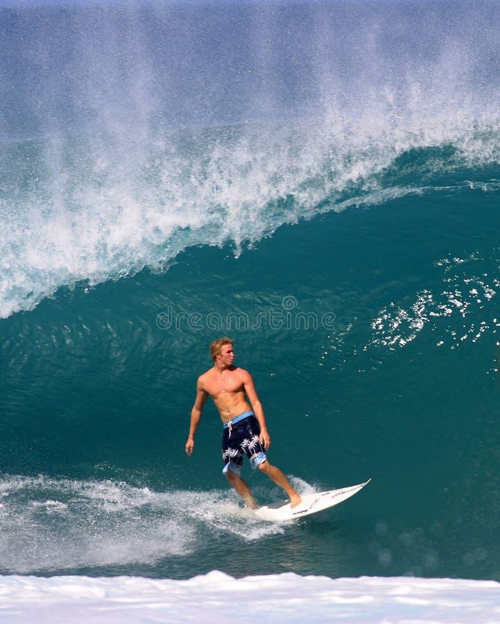 brien jamie o rurociąg surfingu fala zdjęcie stock