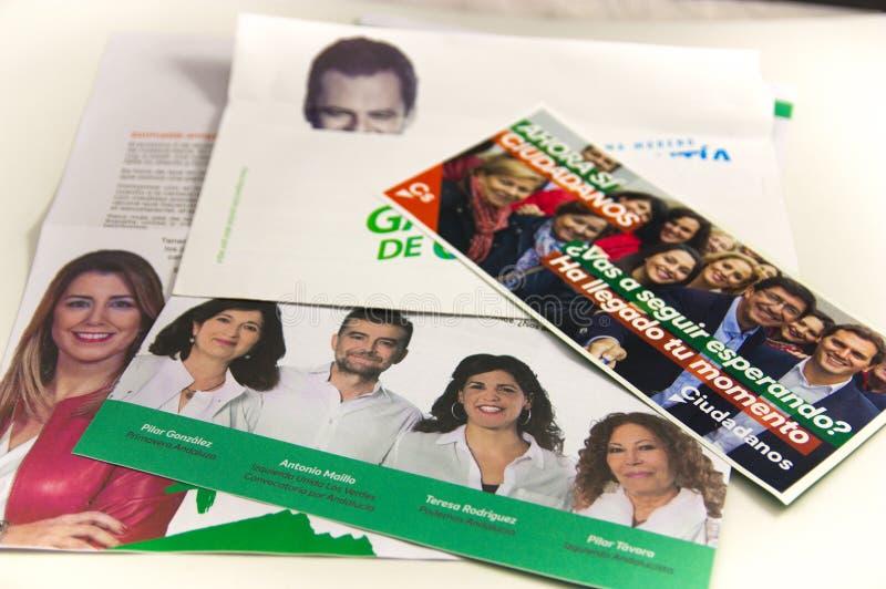 Brieven met de kiespropaganda van de verkiezingen aan de Junta van Andalucia royalty-vrije stock fotografie