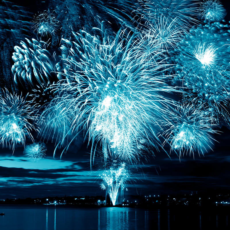 Free Bright Blue Firework Royalty Free Stock Photography - 23926517