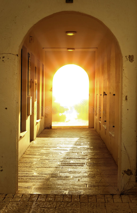 Free Bright Light In Door Royalty Free Stock Images - 2731769