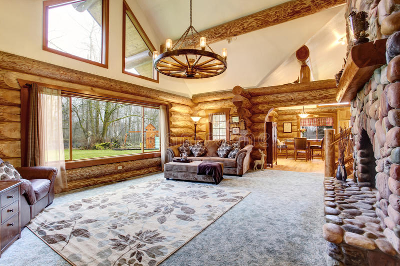 Bright Living Room Interior In American Log Cabin House