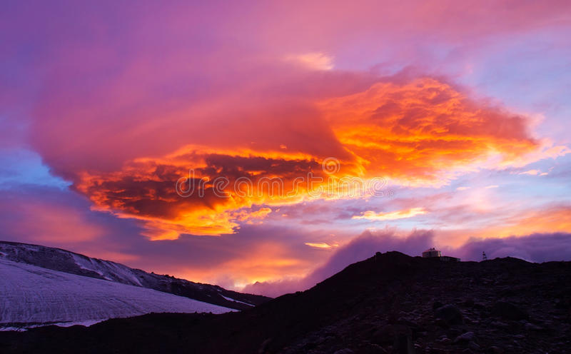 Download Bright sundown stock image. Image of outdoor, beauty - 25476713