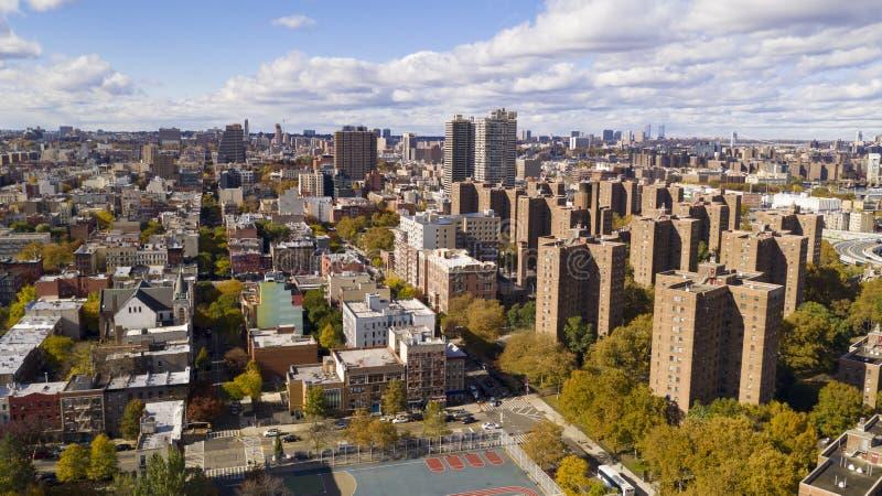 Bright Sunny Day over de gebouwen van de huisvestingsautoriteit in Harlem New York stock afbeelding