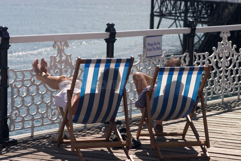 Brighton deux Deckchairs photos stock