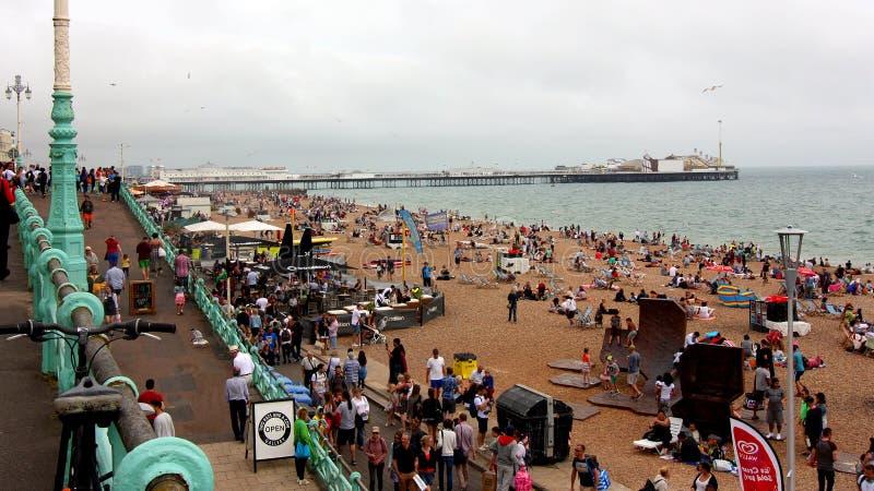 Brighton Pier en kust, Sussex, Engeland royalty-vrije stock foto