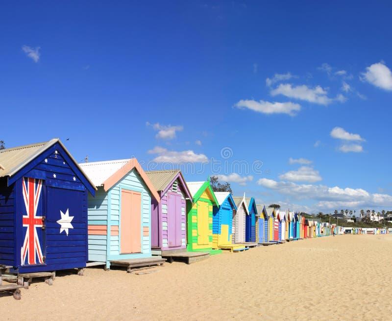 Brighton-Strand, der Kästen badet stockfotos