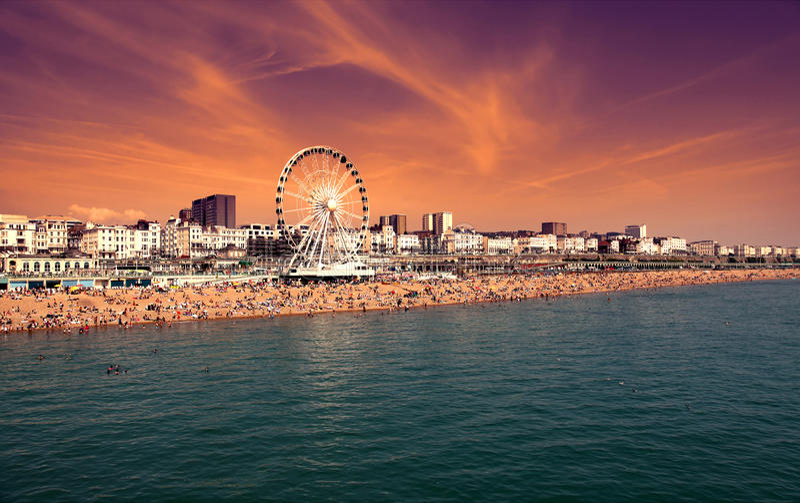 Brighton Wheel elevado en la orilla del mar en Brighton East Sussex England Reino Unido fotografía de archivo