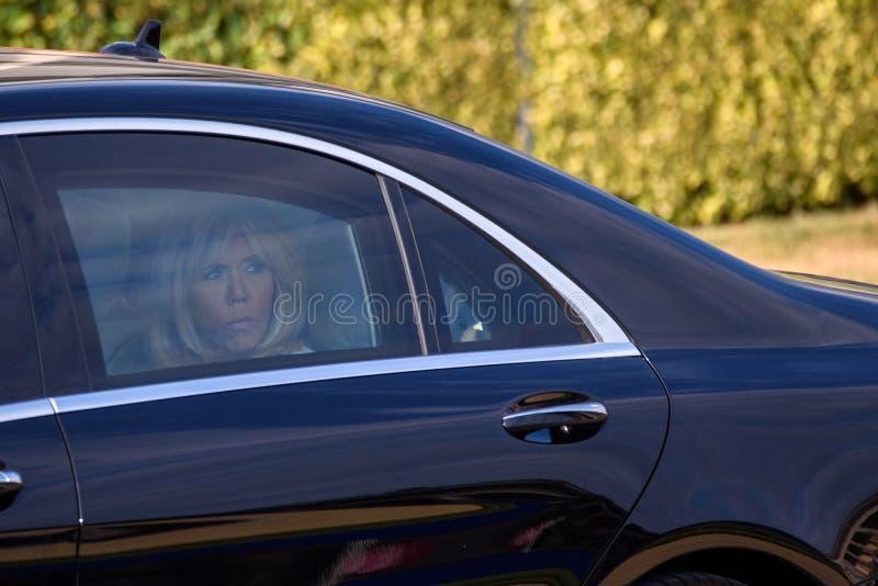 Brigitte Macron, presidentsvrouw van Frankrijk komt aan Werkend diner aan royalty-vrije stock foto