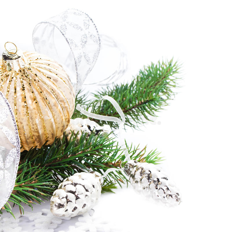 Briight与欢乐装饰和杉树增殖比的圣诞卡 库存图片