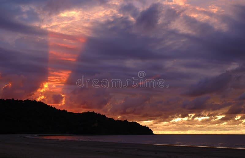 Download Brilho completamente imagem de stock. Imagem de nuvens, outdoor - 53867