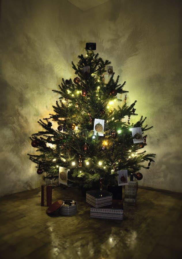 Briljante Kerstmisboom stock afbeeldingen