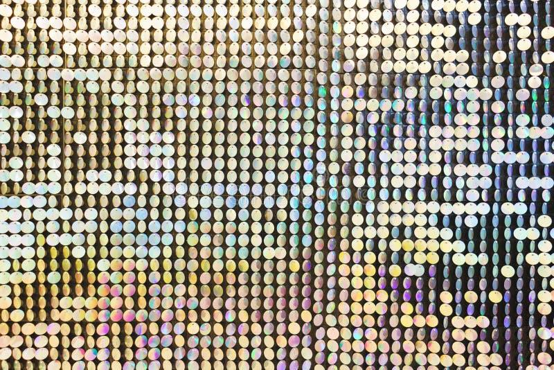 Brillante, festivo, chispeando, deslumbrando, fondo abstracto Decoraciones y decoración festivas de lentejuelas metálicas brillan fotos de archivo