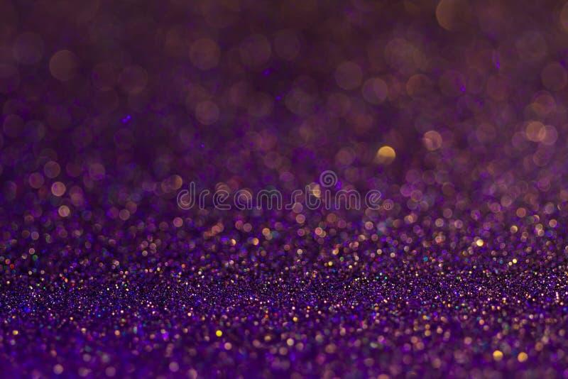 Briller coloré multi étonnant de bokeh de scintillement et de lueur Fond wunderful rêveur abstrait foncé d'étincelle photographie stock