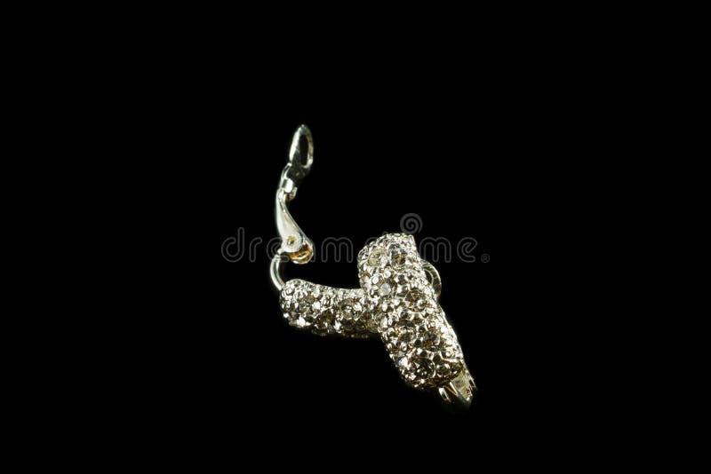 Brincos de prata com cristais foto de stock royalty free