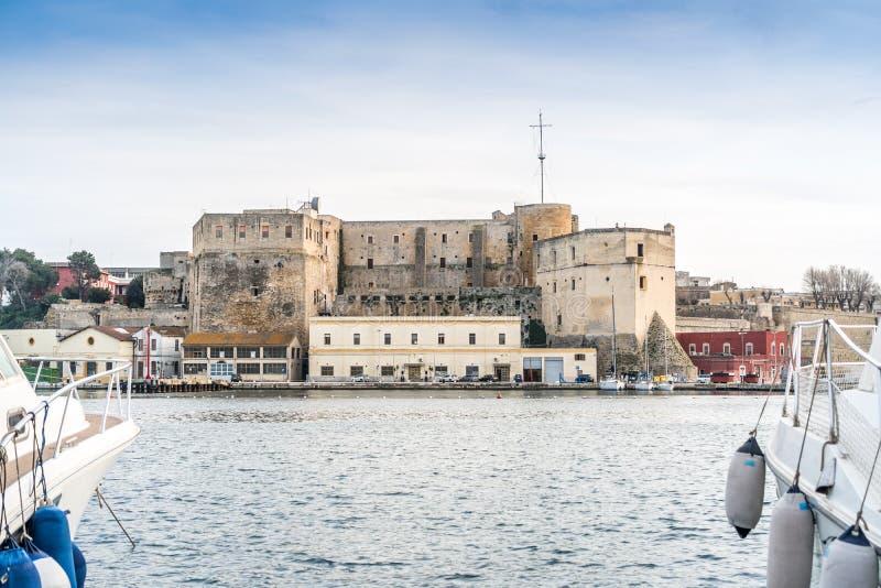Brindisi centrum, Puglia, söder av Italien arkivfoto