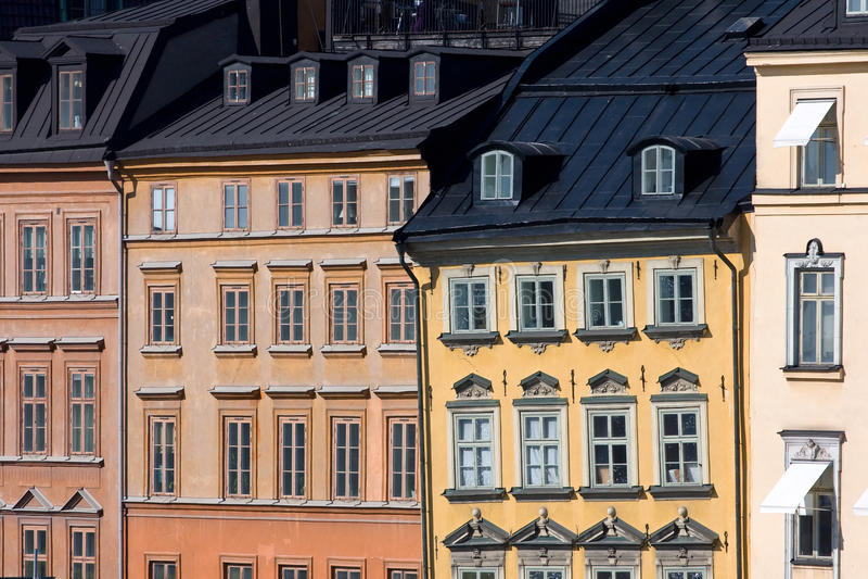 Bringt Fassaden in Stockholm unter lizenzfreie stockfotos