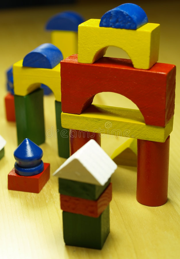 Brinquedo de madeira das crianças fotos de stock royalty free