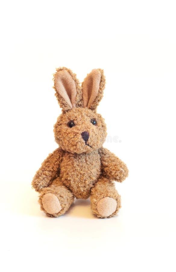 Brinquedo do coelho de Brown imagens de stock royalty free