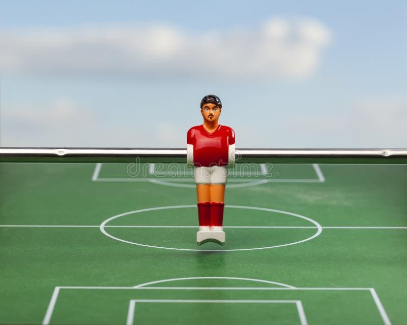 Brinquedo do esporte dos jogadores de futebol do futebol da tabela de Foosball imagem de stock royalty free