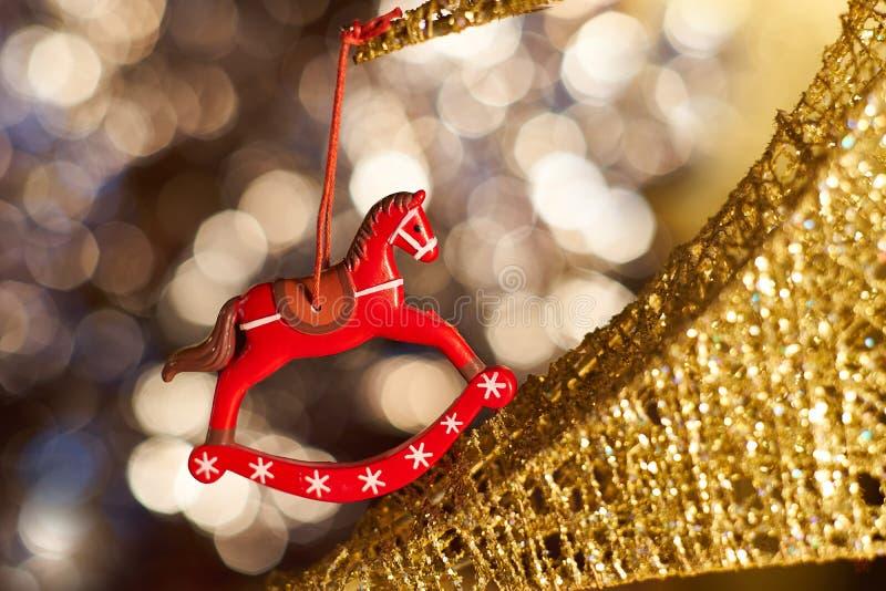 Brinquedo do Natal na árvore imagens de stock