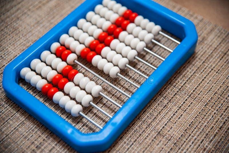 Brinquedo educacional para uma criança imagem de stock