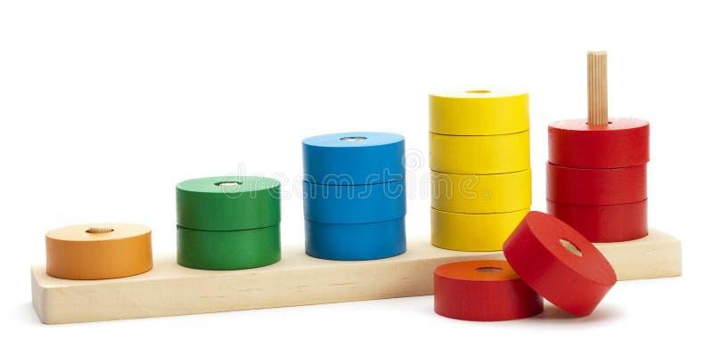 Brinquedo lógico colorido de madeira fotos de stock