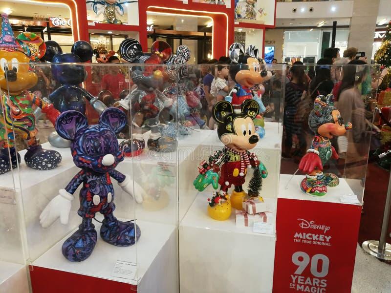 Brinquedos de Kuala Lumpur Pavillion Mickey Mouse imagens de stock royalty free