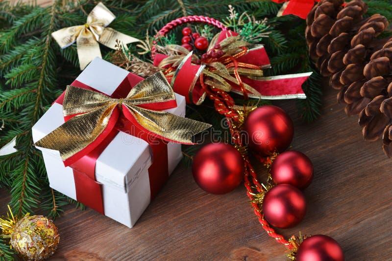 Brinquedos e presentes do Natal imagem de stock
